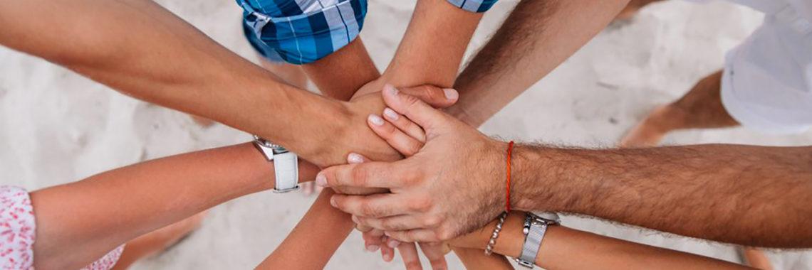On recrute! Auxiliaire de vie sociale,  envoyez-nous votre candidature à l'Entraide Familiale – 30-32 Chaussée Marcadé – 80100 ABBEVILLE
